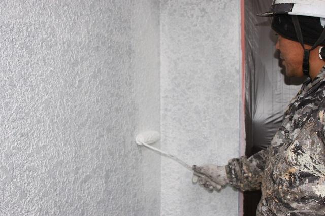 所沢市 外壁塗装下塗り2回目塗布