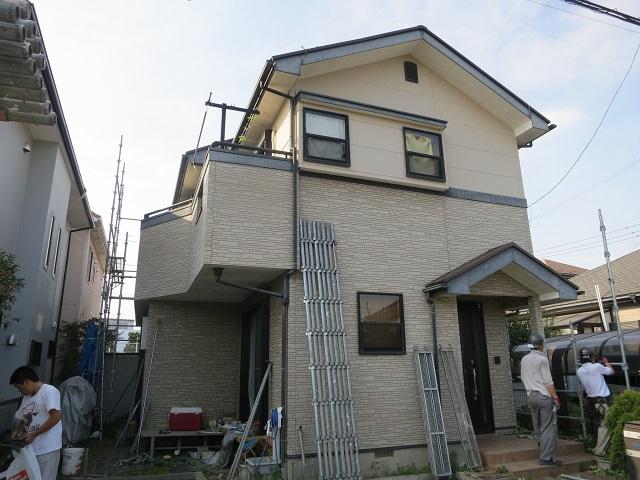 川越市で外壁塗装前の写真