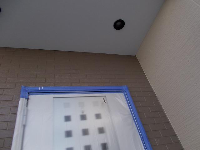 入間市野田の玄関廻り塗装