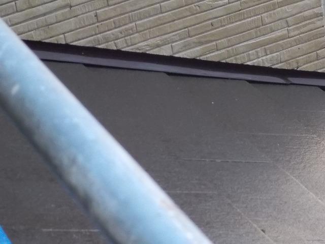 狭山市東三ツ木の下屋根洗浄後