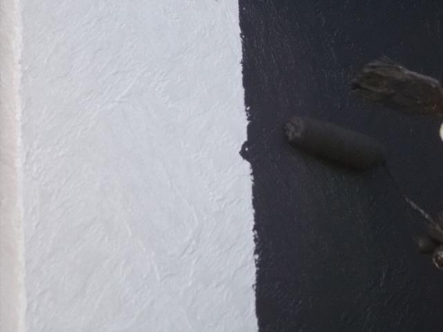 所沢市上安松の中塗りと下塗りの境目