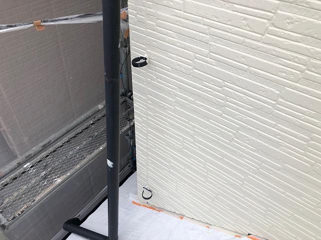 雨樋を外してしっかり塗装
