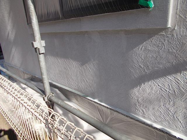 所沢市上安松の外壁下塗り塗装