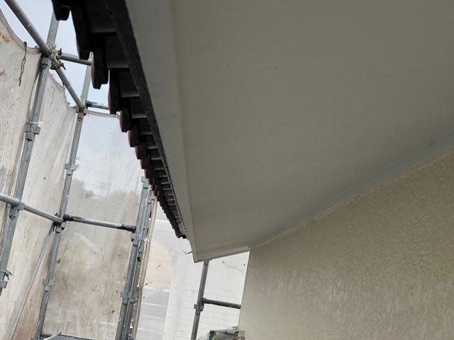 軒天上の付帯塗装
